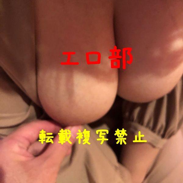 Hカップ爆乳の乳首イジリ